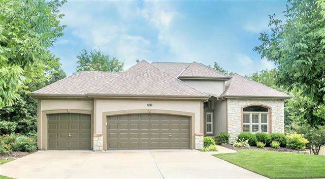 18715 W 97th Terrace, Lenexa, KS 66220 (#2192071) :: The Shannon Lyon Group - ReeceNichols