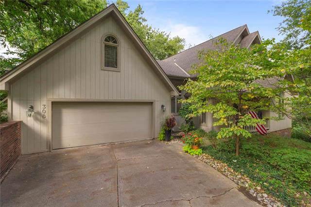 308 NW Briarcliff Circle, Kansas City, MO 64116 (#2192134) :: Kansas City Homes