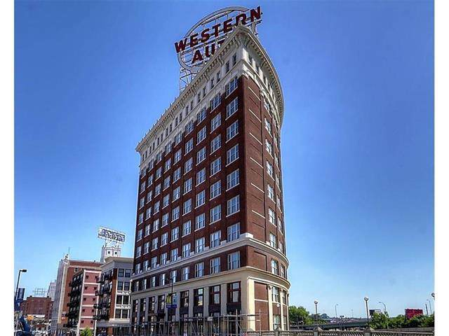 2107 Grand Avenue #201, Kansas City, MO 64108 (#2192582) :: Eric Craig Real Estate Team