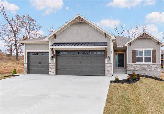920 SE Wood Ridge Court, Blue Springs, MO 64014 (#2193659) :: Eric Craig Real Estate Team