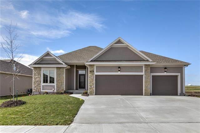 11122 N Euclid Avenue, Kansas City, MO 64155 (#2194412) :: Team Real Estate