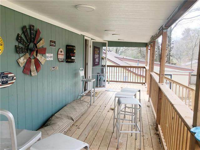 420 N Fairview Avenue, Liberty, MO 64068 (#2197393) :: House of Couse Group