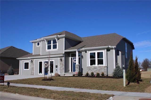 15508 Lakeside Drive, Basehor, KS 66007 (#2202141) :: Team Real Estate
