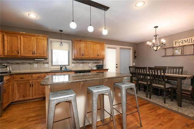 11039 N Madison Avenue, Kansas City, MO 64155 (#2204671) :: Dani Beyer Real Estate