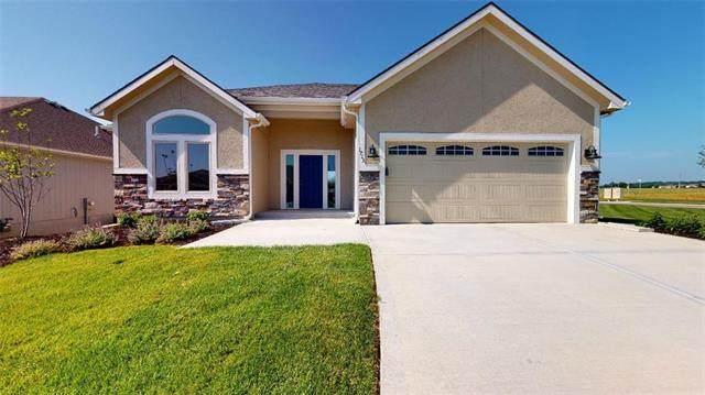 1713 West Glen Drive, Leavenworth, KS 66048 (#2208687) :: Geraldo Pazar