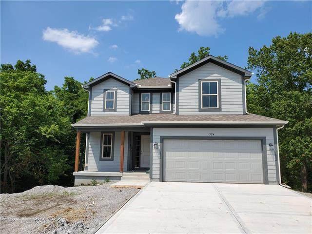 524 NW Hickory Ridge Drive, Grain Valley, MO 64029 (#2219736) :: Ron Henderson & Associates