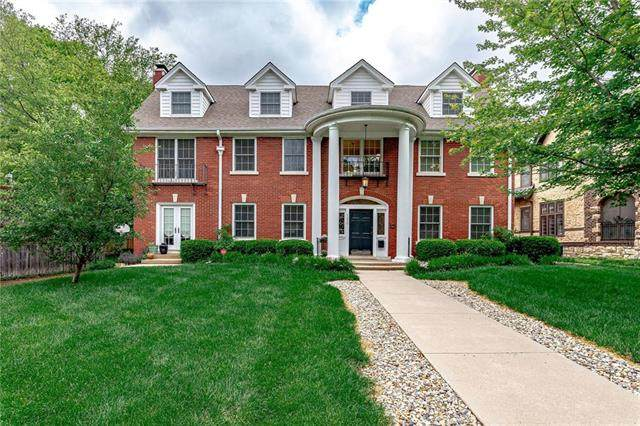 1230 W 61st Terrace, Kansas City, MO 64113 (#2220867) :: The Shannon Lyon Group - ReeceNichols