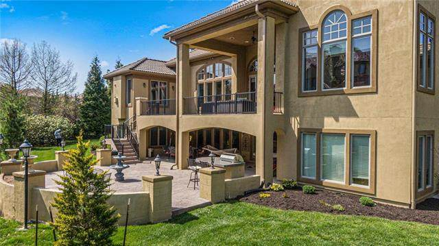 13911 Mohawk Road, Leawood, KS 66224 (#2222274) :: Jessup Homes Real Estate | RE/MAX Infinity