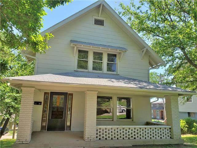 1209 N 19th Street, Kansas City, KS 66102 (#2223667) :: House of Couse Group