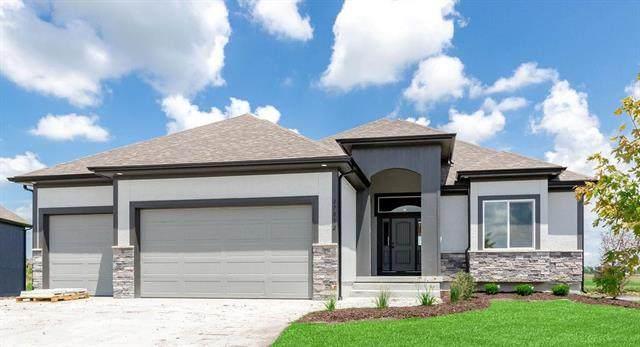 810 NW Hickory Ridge Drive, Grain Valley, MO 64029 (#2225639) :: Dani Beyer Real Estate