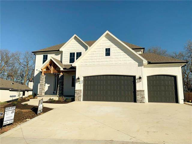 529 NE Legacy View Drive, Lee's Summit, MO 64086 (#2227575) :: The Shannon Lyon Group - ReeceNichols