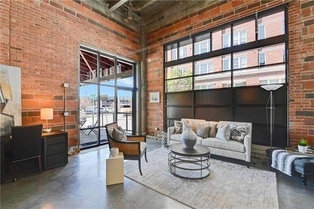 2120 Wyandotte Street #7, Kansas City, MO 64108 (#2228316) :: Jessup Homes Real Estate | RE/MAX Infinity