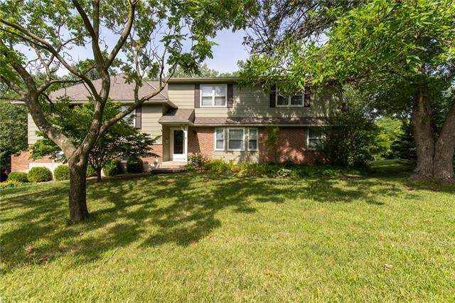9738 State Line Road, Leawood, KS 66206 (#2230458) :: House of Couse Group