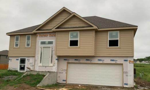 2204 Pike Street, St Joseph, MO 64503 (#2233604) :: Jessup Homes Real Estate | RE/MAX Infinity