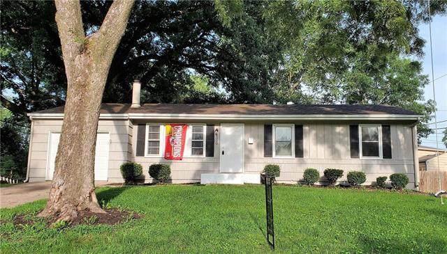 6000 N Michigan Place, Gladstone, MO 64118 (#2235709) :: Eric Craig Real Estate Team
