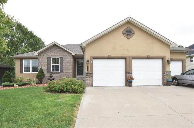 13125 NW Hawthorne Drive, Platte City, MO 64079 (#2240700) :: Ron Henderson & Associates