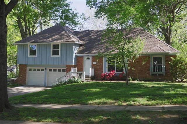 6309 W 101 Place, Overland Park, KS 66212 (#2240935) :: Jessup Homes Real Estate | RE/MAX Infinity