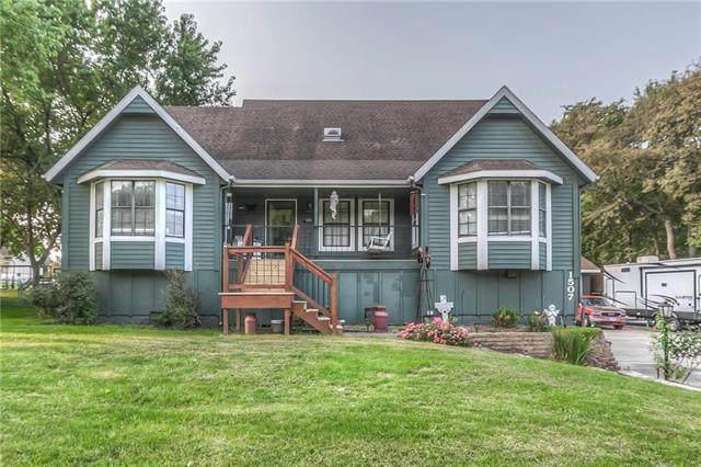 1507 NE Cookingham Drive, Kansas City, MO 64155 (#2241468) :: Jessup Homes Real Estate | RE/MAX Infinity