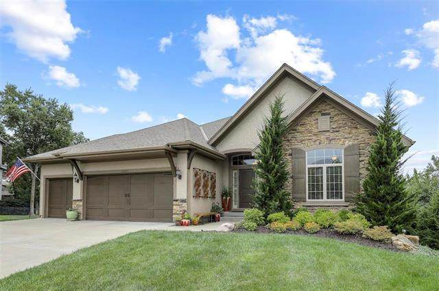 24245 W 124th Street, Olathe, KS 66061 (#2242005) :: Ron Henderson & Associates