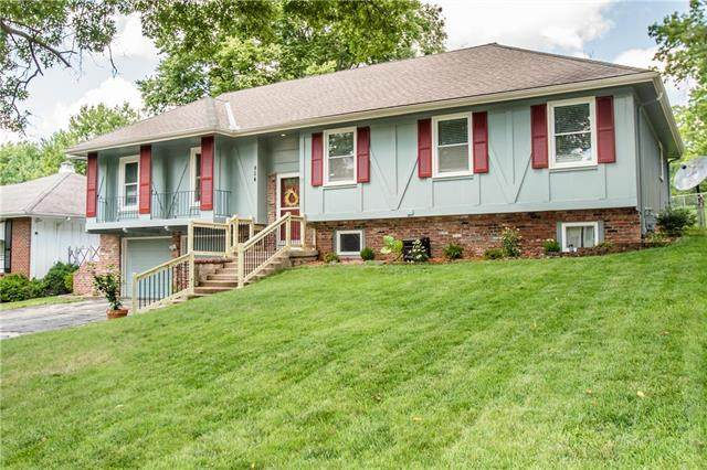 804 W 109th Terrace, Kansas City, MO 64114 (#2242940) :: Jessup Homes Real Estate | RE/MAX Infinity