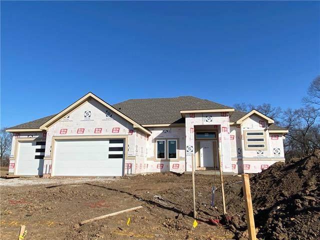 7729 N Wallace Avenue, Kansas City, MO 64158 (#2249322) :: Team Real Estate