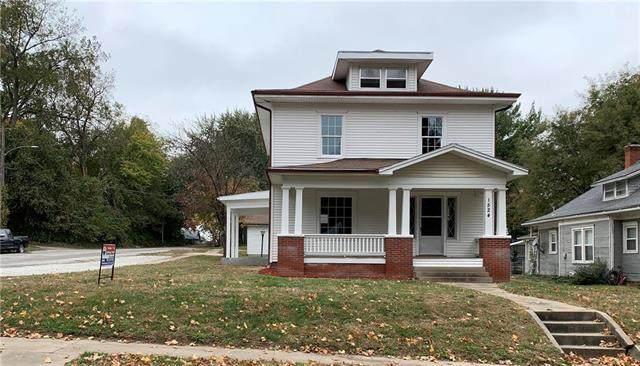 1524 S 22nd Street, St Joseph, MO 64507 (#2250333) :: Audra Heller and Associates