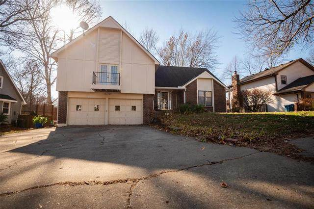 975 Northwyck Drive, Liberty, MO 64068 (#2252458) :: The Shannon Lyon Group - ReeceNichols