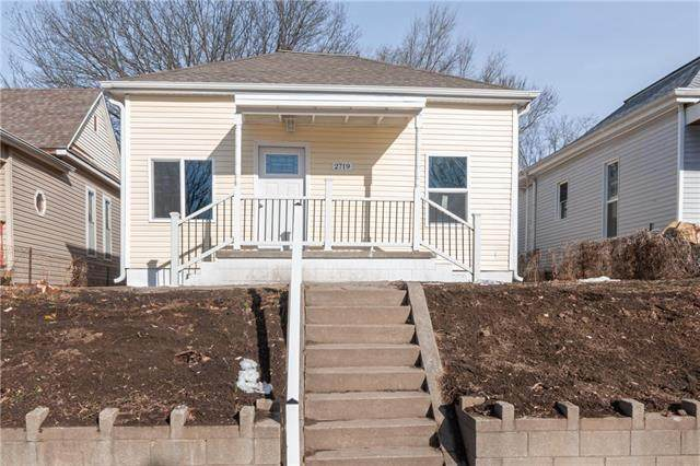 2719 Delaware Street, St Joseph, MO 64506 (#2301423) :: Team Real Estate