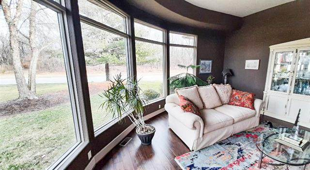 1106 Valley Drive, Paola, KS 66071 (#2302182) :: Eric Craig Real Estate Team