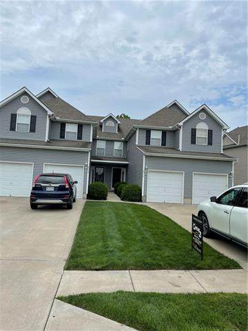 9744 N Lewis Avenue, Kansas City, MO 64157 (#2320781) :: Audra Heller and Associates