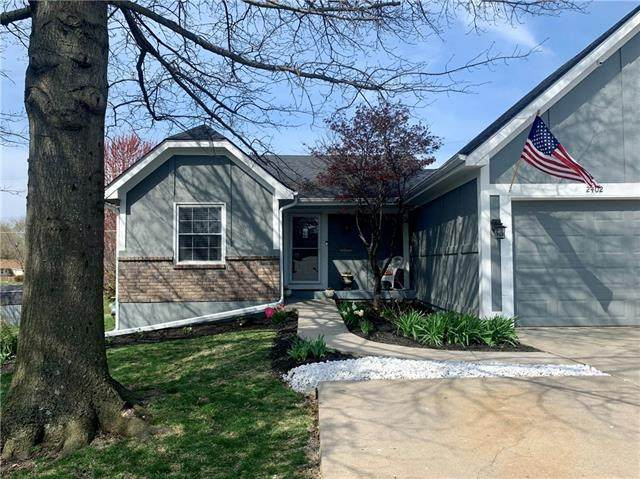 2402 Pearson Circle, Harrisonville, MO 64701 (#2321755) :: Ask Cathy Marketing Group, LLC