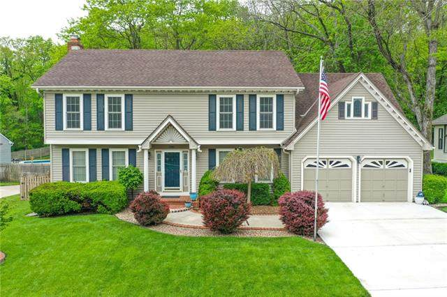 5016 S Cedar Crest Avenue, Independence, MO 64055 (#2321771) :: Team Real Estate