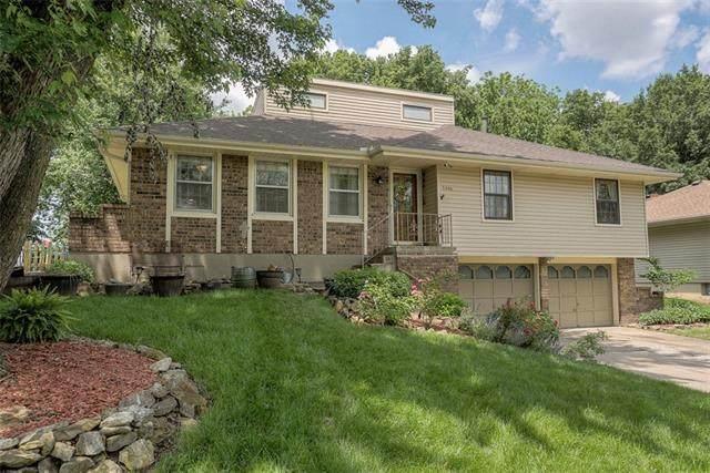 1306 SW Walnut Street, Lee's Summit, MO 64081 (#2324772) :: Five-Star Homes