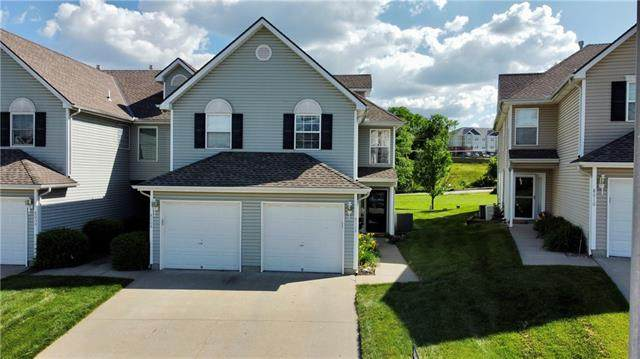 8008 NE Elmwood Avenue, Kansas City, MO 64119 (#2324993) :: Five-Star Homes