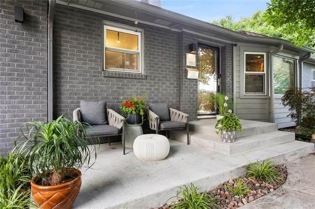 5514 W 62nd Street, Mission, KS 66202 (#2335391) :: Team Real Estate