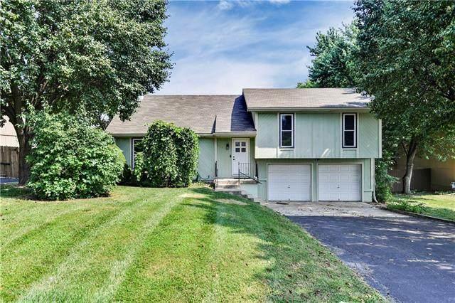 23350 W 53rd Terrace, Shawnee, KS 66226 (#2335407) :: The Kedish Group at Keller Williams Realty