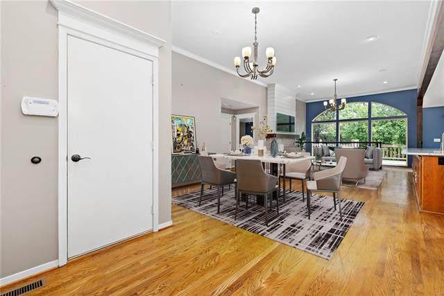 4802 W 120th Place, Overland Park, KS 66209 (#2335497) :: Eric Craig Real Estate Team