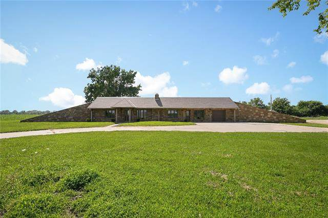 8000 NW State Route Cc Road, Amoret, MO 64722 (#2336562) :: ReeceNichols Realtors