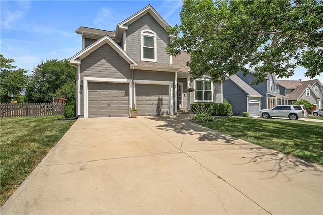 14574 W 151st Terrace, Olathe, KS 66062 (#2337009) :: SEEK Real Estate