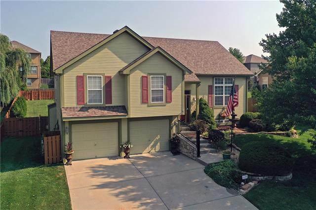910 Cottonwood Drive, Lansing, KS 66043 (#2338600) :: Ron Henderson & Associates