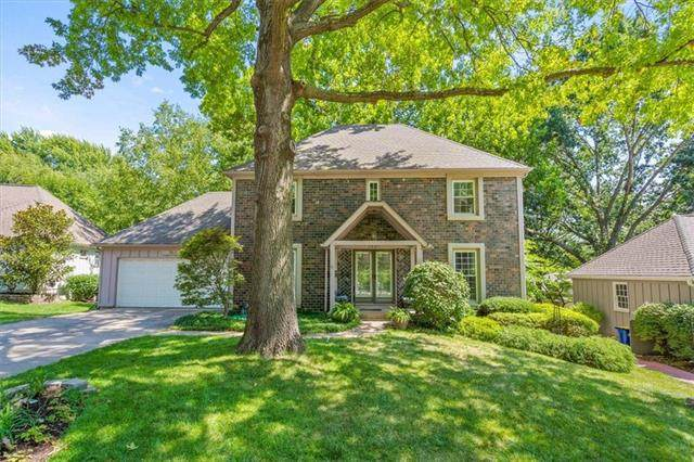 7621 Canterbury Street, Prairie Village, KS 66208 (#2340539) :: Eric Craig Real Estate Team