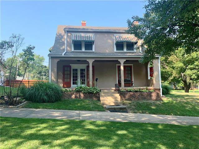 1300 S Noyes Boulevard, St Joseph, MO 64507 (#2344919) :: Tradition Home Group | Compass Realty Group