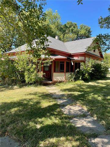 301 W 1ST Street, Burlington Jct, MO 64428 (#2346631) :: Tradition Home Group | Compass Realty Group