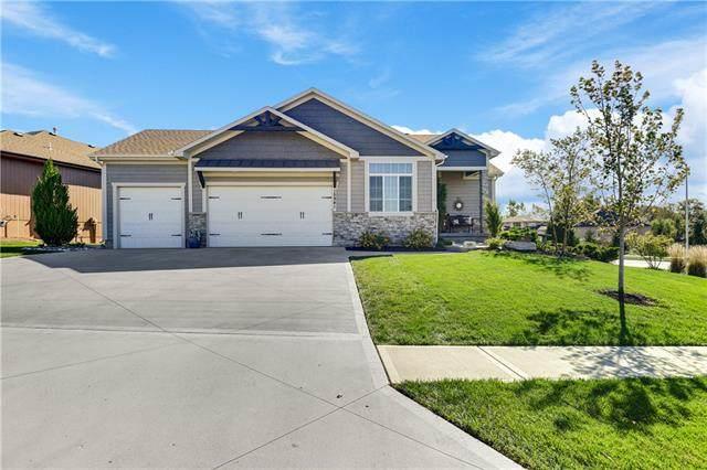 15941 W 163rd Terrace, Olathe, KS 66062 (#2351464) :: Team Real Estate