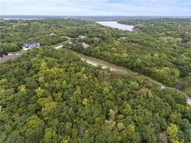 15925 W 56th Terrace, Shawnee, KS 66217 (#1842686) :: Eric Craig Real Estate Team
