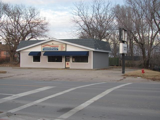 619 S 4th Street, Leavenworth, KS 66048 (#1864826) :: Clemons Home Team/ReMax Innovations