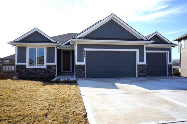 4314 N 111TH Street, Kansas City, KS 66109 (#2056387) :: Char MacCallum Real Estate Group