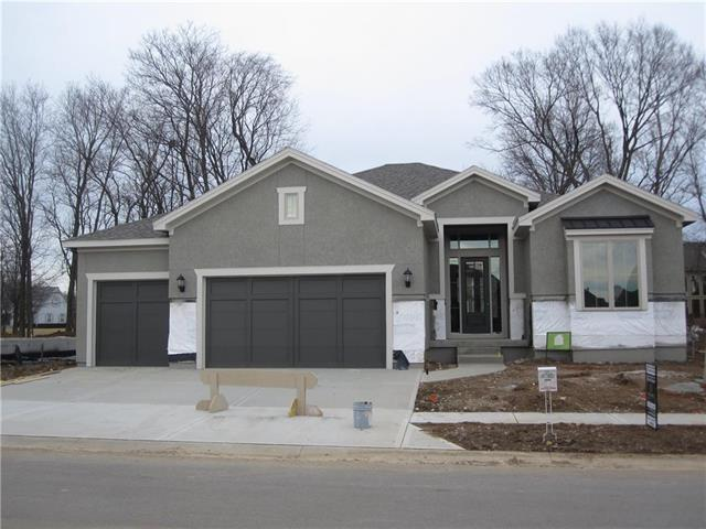 10512 W 132nd Place, Overland Park, KS 66213 (#2072170) :: The Shannon Lyon Group - Keller Williams Realty Partners