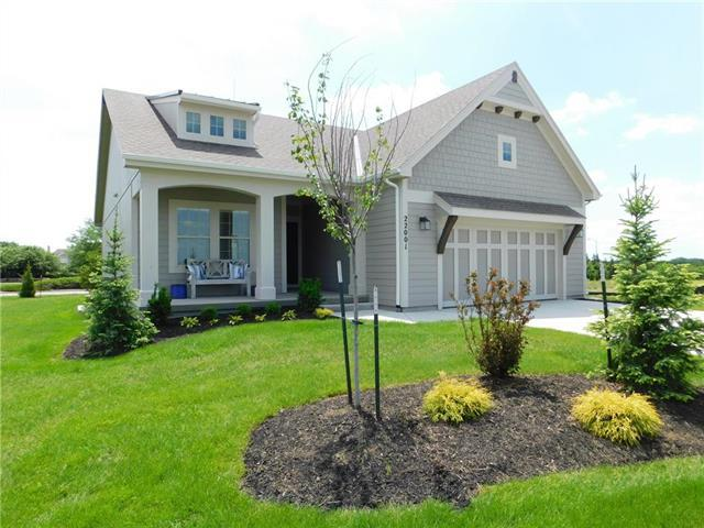 22001 W 97th Street, Lenexa, KS 66220 (#2076728) :: Char MacCallum Real Estate Group