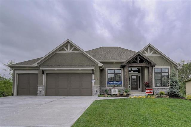 9897 Saddletop Street, Lenexa, KS 66227 (#2081704) :: The Shannon Lyon Group - ReeceNichols
